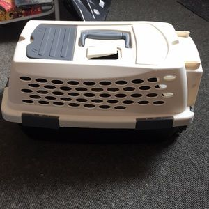 Petco Hard pet carrier small